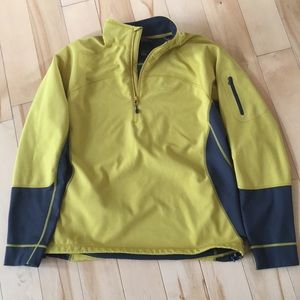 Men's North Face Jacket.
